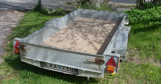 Släpvagnen med sommardäck
